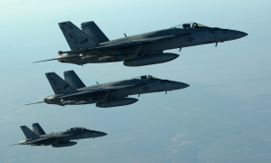 US F 18E